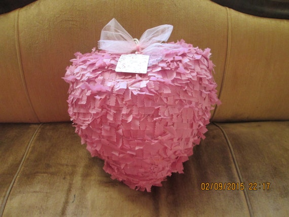 18 dusty rose heart pinata valentine pinata heart. Black Bedroom Furniture Sets. Home Design Ideas