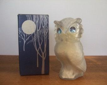 Avon Snowy Owl Vintage Powder Sachet