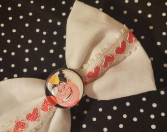 QUEEN OF HEARTS lace bow