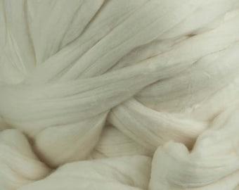 Merino Superfine 18.5 micron Wool Top - 16 oz