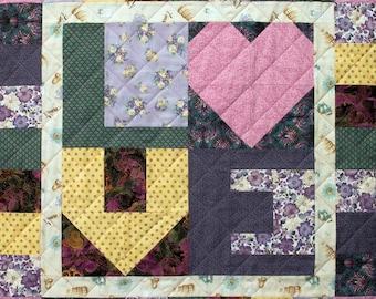 Love Talk Patchwork Quilt Block Pattern