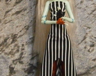 Striped dress and red leggings set for monster and ever after dolls