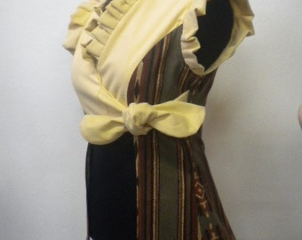 unusual Women bodice with ruffles made of cotton.