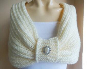 Cream Bridal Capelet / Wedding Wrap Shrug Bolero/Hand Knit Acrylic scarf with pin-vegan scarf-Everyday Cape