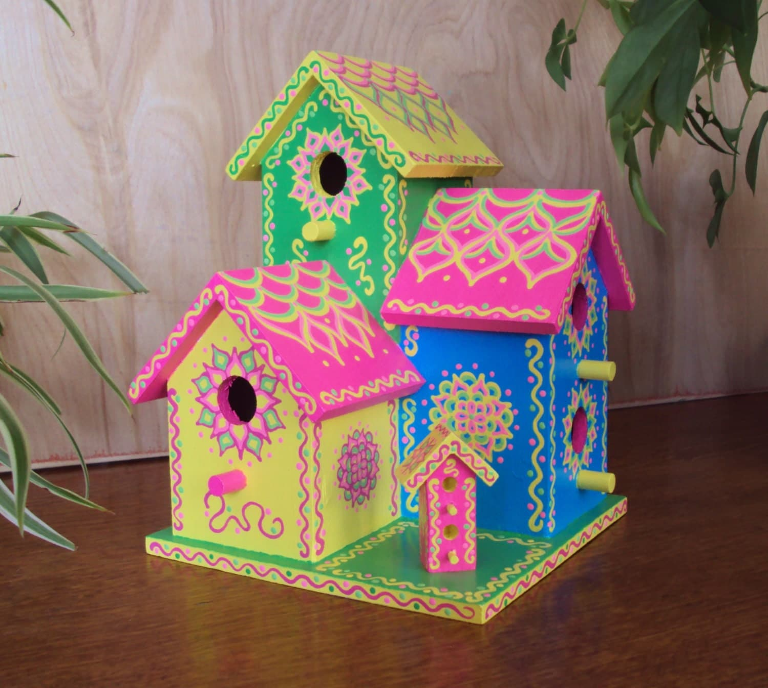Bird House Color Ideas: Triplex Birdhouse Handpainted Bright Colors Whimsical Pink