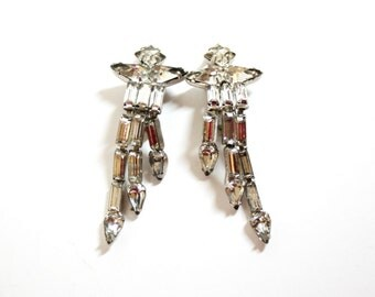 Weiss Rhinestone  Clip Earrings 1950s  Long Dangles  Vintage Weiss  Chandelier Earrings   Drop Earrings  Costume Jewelry Clear Rhinestones