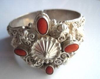 Vintage Italian Bracelet - Etruscan Bangle - 800 Silver and Coral - Italian Jewelry - Hinged Bracelet - Ethnic Jewelry - European Jewelry