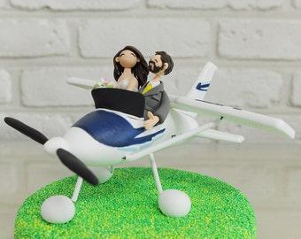 Honeymoon on the plane custom wedding cake topper decoration