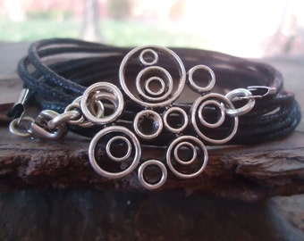ABSTRACT CIRCLES wrap bracelet with ornament  (692)