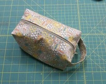 Small Atomic Ditty Bag