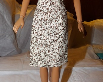 Fashion Doll Coordinates - A-line skirt in beige with tiny brown floral print - es347
