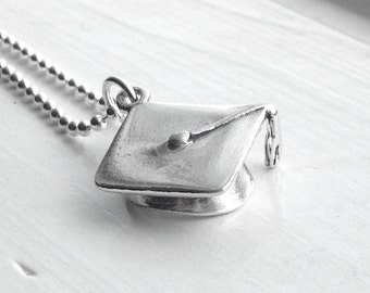 Graduation Necklace, Sterling Silver Jewelry, Graduation Cap Necklace, Charm Necklace, Graduation Cap Pendant, Graduation Gift