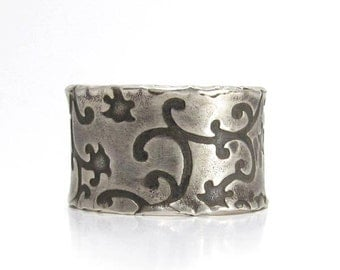 Wide Band Ring Size 7 - hammered ring, oxidized silver ring, large, rustic flower jewelry