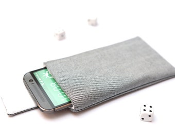 HTC 10, HTC One A9, M9, M8, M7 sleeve case pouch handmade with magnetic closure light jeans and white
