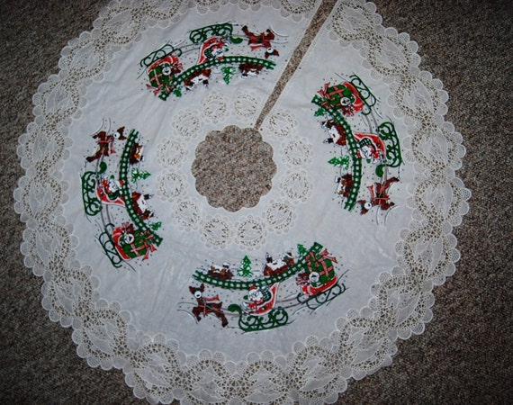 Vintage christmas tree skirt kitschy santa by christmasvintage