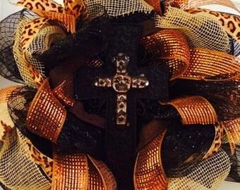 Deco mesh cross wreath