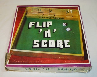 Flip n Score-  Vintage Bar and Pub Dice Game Drinking Cover Up Clapper Betting Fun