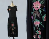 1920s Dress /  20s CHENILLE Embroidered Flapper Dress / Cutout Sleeves AMAZING