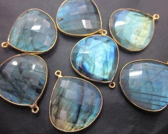 1 Pcs-Labradorite Faceted heart shape Connectors Pendants, Bezel Set, Gold Vermeil...25mm Approx...