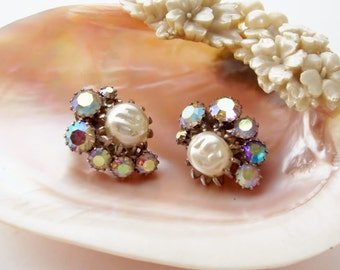 Vintage Weiss Earrings  Prong Set AB Crystals Faux Pearl Signed Clip Backs 1950's Silver Tone