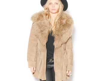 Vintage Suede Leather Jacket w/ Faux Fur Collar , Taupe Suede Coat