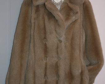 Women's Vintage Faux Fur 1970's Light Tan/Brown