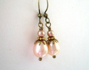 Peach pearl earrings, antiqued brass, freshwater pearl, crystal pearl, rose gold pearl, petal bead caps, vintage style pearl jewelry