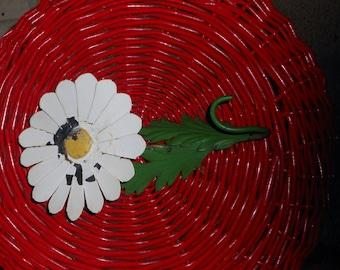 Vintage shabby chick tole daisy hook