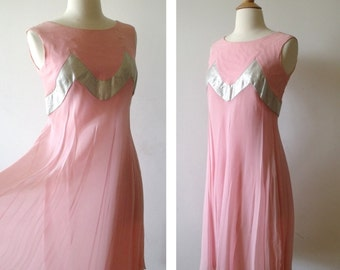 SALE MISS MELINDA Pink and Metallic Sheath Party Dress ~ 1960's Prom Dress ~ Size Small