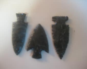 3 obsidian hunting arrowheads,  collect or display