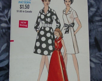 Vintage Pattern c.1960's Vogue No.7422 Wrapped Dress, 2 Lengths, Size14