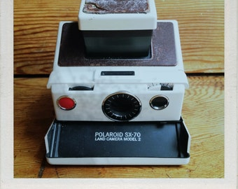 Polaroid SX-70 Land Camera Model 2 - GUARANTEED WORKING