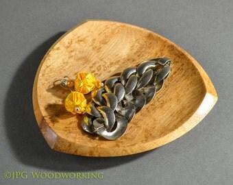 Bonham style Valet, tray, platter, catch-all, dish; bird's eye maple,