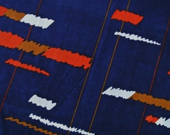 Swedish vintage 1970s design fabric in unused cotton/ synthetic with larger 3-color printed abstract pattern on dark blue bottomcolor