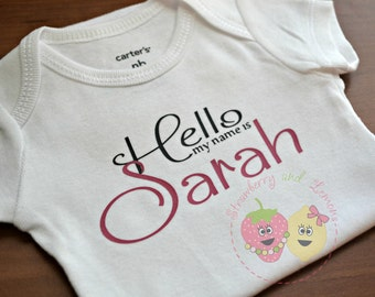 Newborn Shirt ~ Newborn Outfit ~ Baby girl Bodysuit ~ Coming home Outfit ~ Baby Shower Gift ~ Newborn Announcement ~ Baby Girl Shirt
