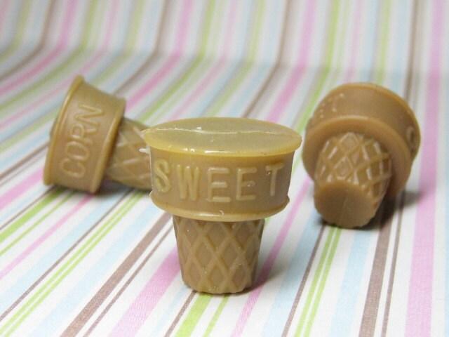 ice cream cones diy charm pendant base 28mm x 19mm rubber