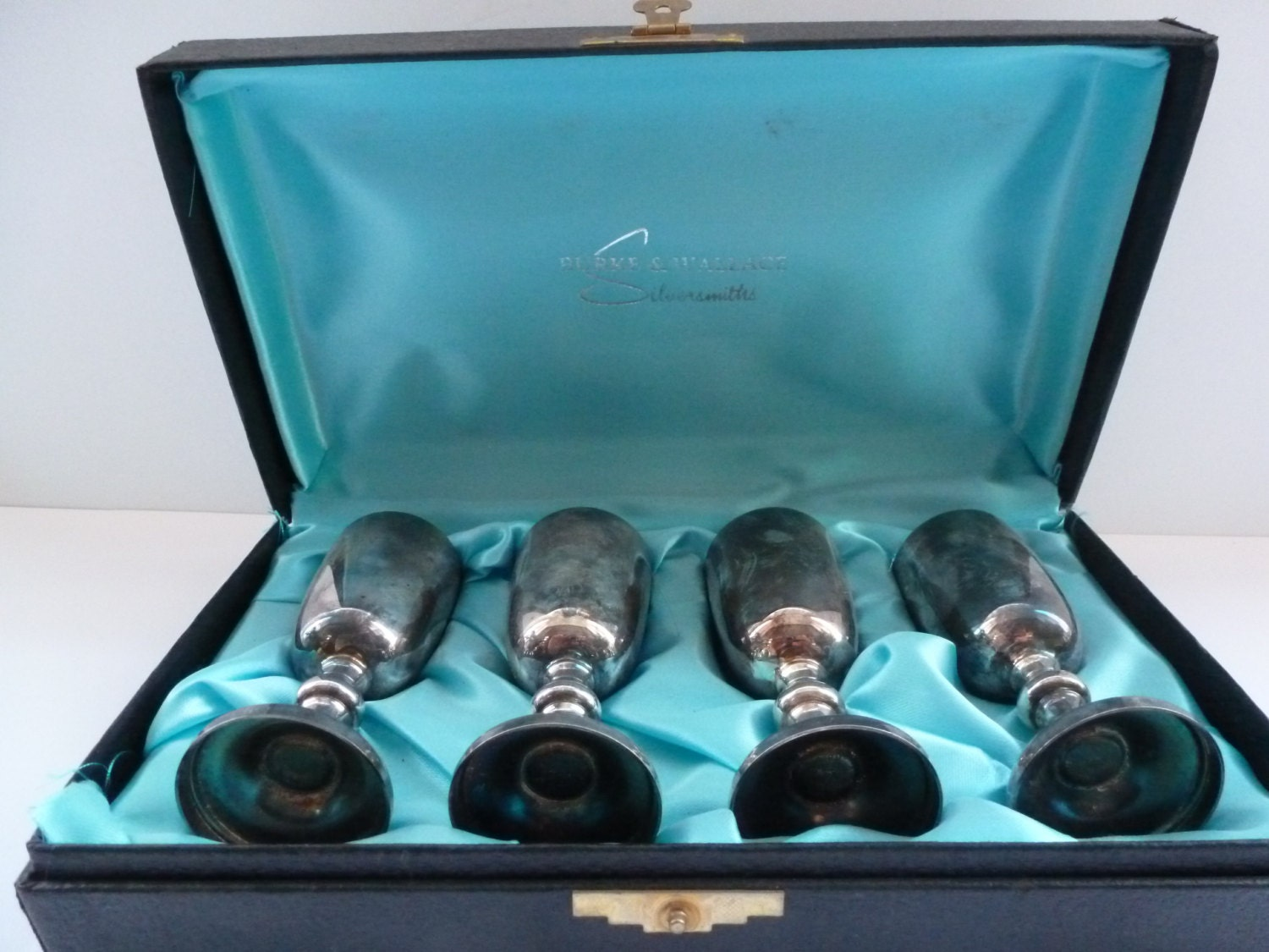 burke wallace silversmiths boxed set of liqueur by