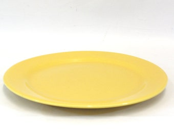 Vintage Bauer Bright Yellow Dinner Plate (E4141)