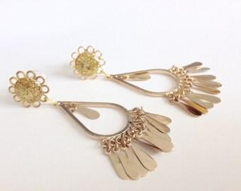 0g Gold Glitter Plugs, 00g 2g Chandelier Gauges, 4g Dangle Plugs, 5g Gauged Earrings Dangly Body Jewelry Fashion Gauges Steel/Acrylic/Wood