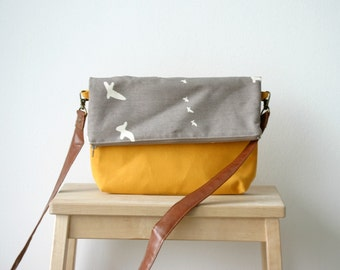 Every Day Crossbody bag Yellow Birds Organic cotton