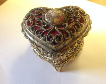 SALE Vintage Heart Shaped Keepsake Trinket Box lot  A 3