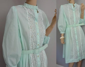 60s Henry Lee Puff sleeves Honeydew Green sheer Shirt dress  Eyelet Trim Shirtwaist Dress M/L
