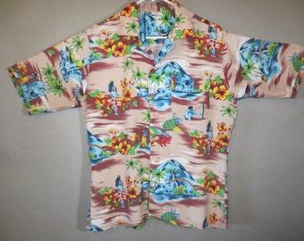 1950's Silky Rayon Hawaiian Shirt // Vintage Hawaiian ...M