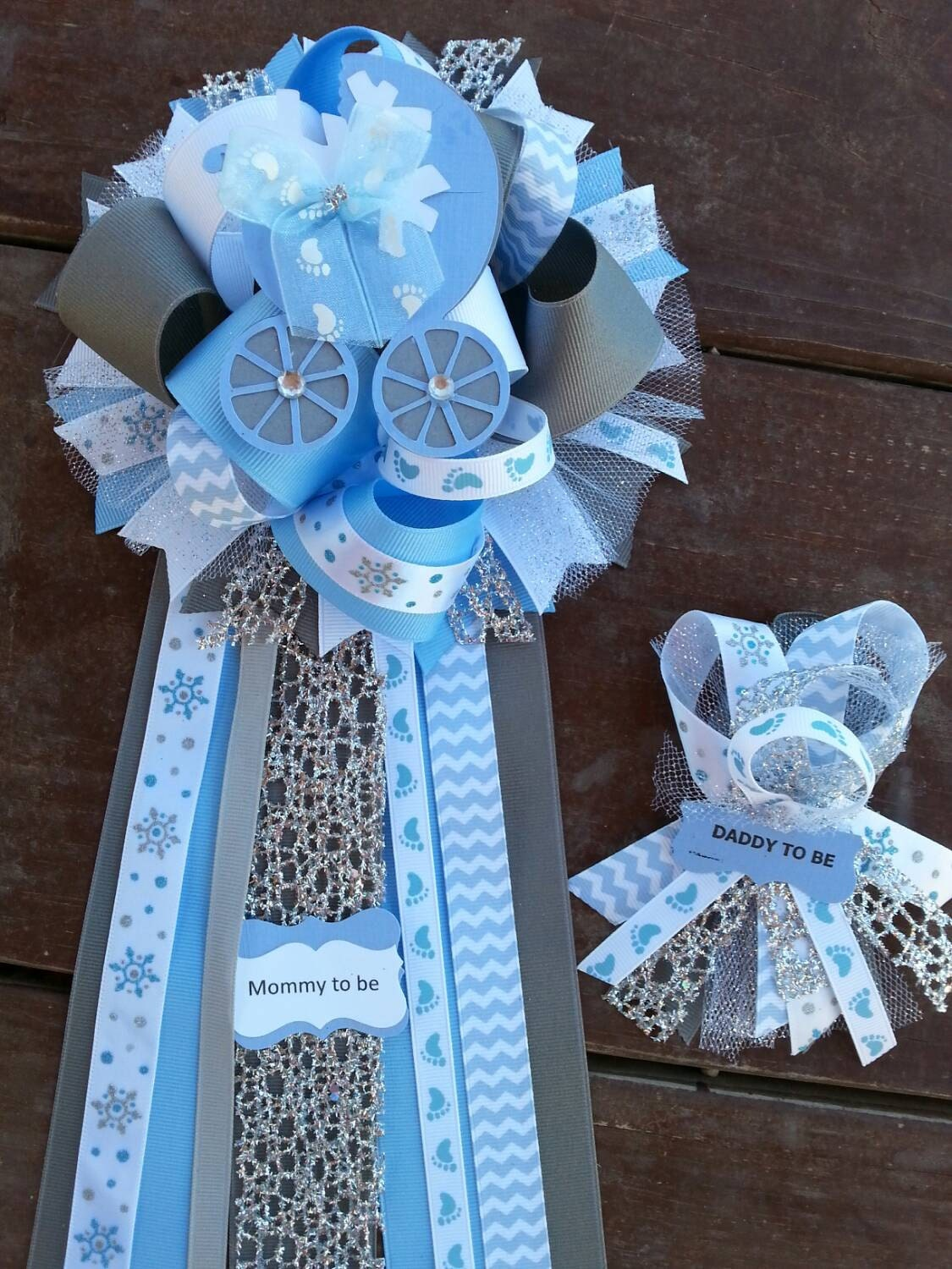 winter baby shower mommy to be only by bonbow on etsy