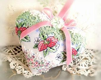 Heart Sachet 5 inch Sachet Heart, Soft Blue Paisley, Lavender Buds, Folk Art, Cloth Handmade CharlotteStyle Decorative Folk Art