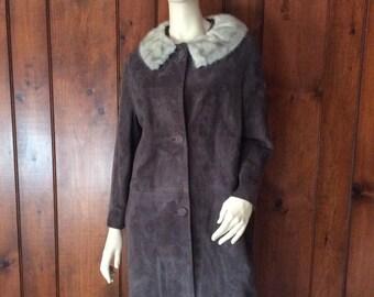 Vintage Sixties Gray Suede Coat with Light Silver Gray Mink Collar, Vintage Suede Coat, Suede and Fur, Women's Sixties Coat, 1960's Coat