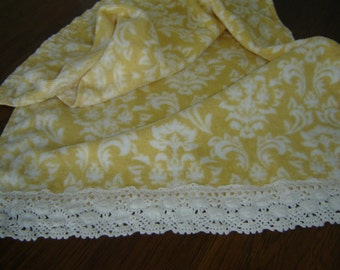 Yellow and white damask-type hand/dish towel, cottage chic, machine-made vintage crochet trim,cotton terry, hostess, kitchen/bathroom decor