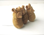 Small mouse ornament waldorf toy nature table