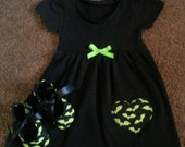 Batty baby dress and crib shoes set