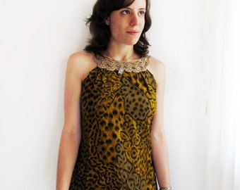 Leopard print top - flowy top with crochet collar - Size S or M
